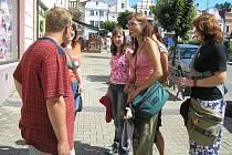 Úkolem účastníků kurzu bylo i vyzkoušet jazykové znalosti obyvatel Havlíčkova Brodu.