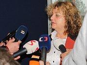 Státní zástupkyně Zdeňka Tománková je o vině obžalovaných přesvědčena a na místě se odvolala