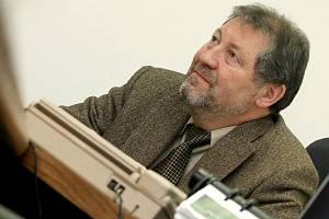 Odvolaný ředitel. Leoš Dostál vedl třebíčskou nemocnici od začátku roku 2010. Letos na jaře jej krajští radní odvolali proto, že nebyli spokojeni s finanční situací nemocnice.