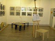 Dílna na výrobu pláten Luboše Janáčka z Přibyslavi je ve dvou halách.