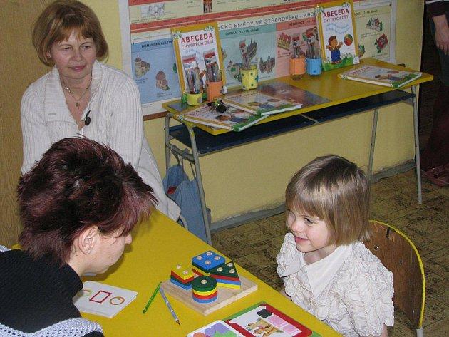 Zápis do první třídy na základní škole v Lipnici nad Sázavou.