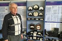 Bohumila Pavlas je dlouholetým sběratelem historických elektronických zařízení.