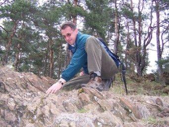 Botanik havlíčkobrodské Agentury ochrany přírody a krajiny Luděk Čech najde zkušeným okem kuřičku hned. Ostatním ovšem vzácná květina snadno unikne.