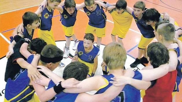 Minižáci TJ Jiskra Havlíčkův Brod dosáhli na mistrovství republiky v Ostravě historického úspěchu. Přivezli domů krásné čtvrté místo.