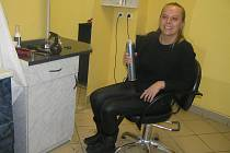 Mladá kadeřnice Markéta Váchová by s uvolňováním ještě počkala.