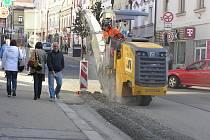 Centrem Havlíčkova Brodu se nyní projet nedá.