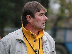 A dost - to si po nepovedeném derby s Přibyslaví řekl světelský trenér František Polák (na snímku), kterému u hráčů chyběla bojovnost s nasazením, a na post trenéra rezignoval.