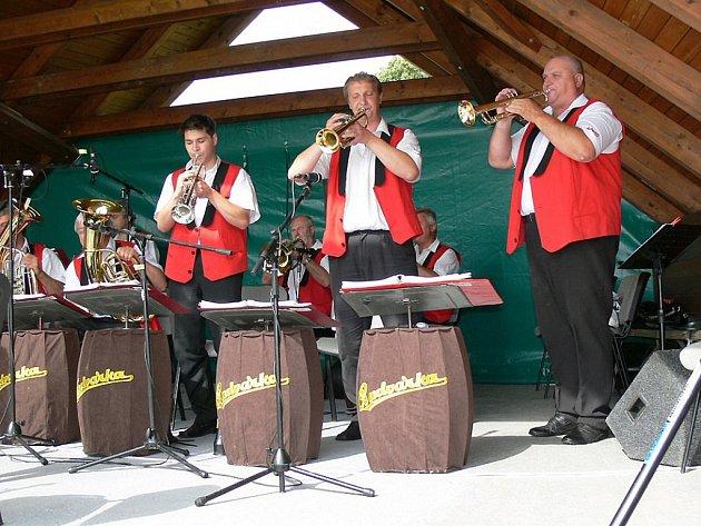 V sobotu odpoledne se představí i populární dechová hudba Budvarka. Ilustrační foto.