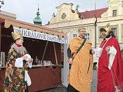 V roli tří králů se letos představila ředitelka Oblastní charity Havlíčkův Brod Anna Blažková, ředitel nemocniční lékárny Vít Vodrážka a statutární zástupkyně brodské Charity Jana Dománková.