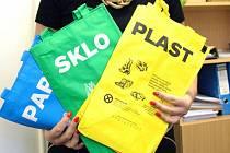 Tašky na separovaný odpad. Ilustrační foto.