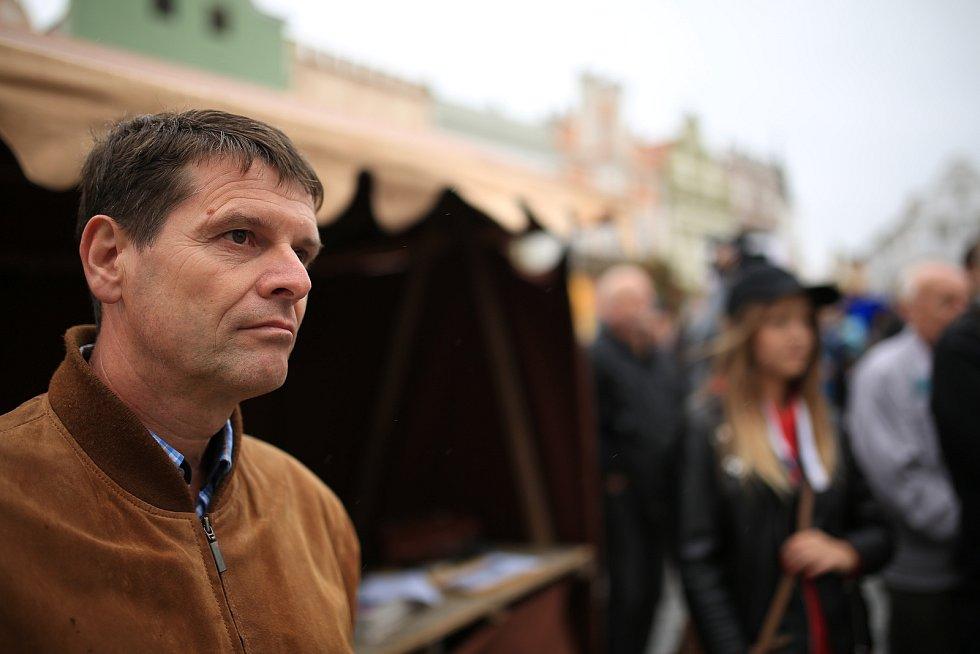 Milan Pilař na jedné z brodských demonstrací