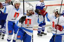 Sedm zásahů zaznamenali světelští hokejisté (na snímku) na ledě České Třebové, kde vyhráli 7:3.