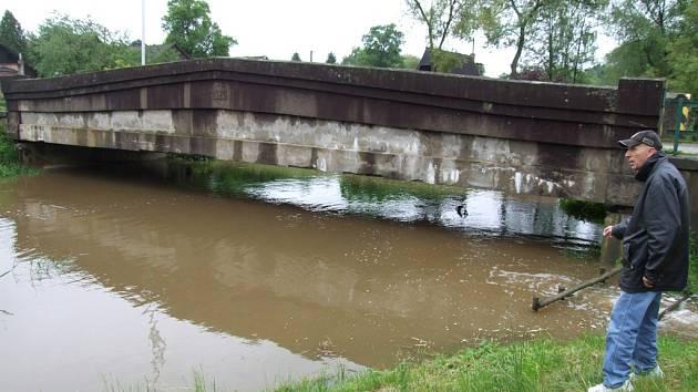 Hladiny řek a potoků jdou nahoru.
