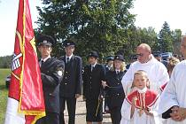 U příležitosti svěcení obecní vlajky před šesti lety se do Stříbrných Hor také sjeli četní rodáci.