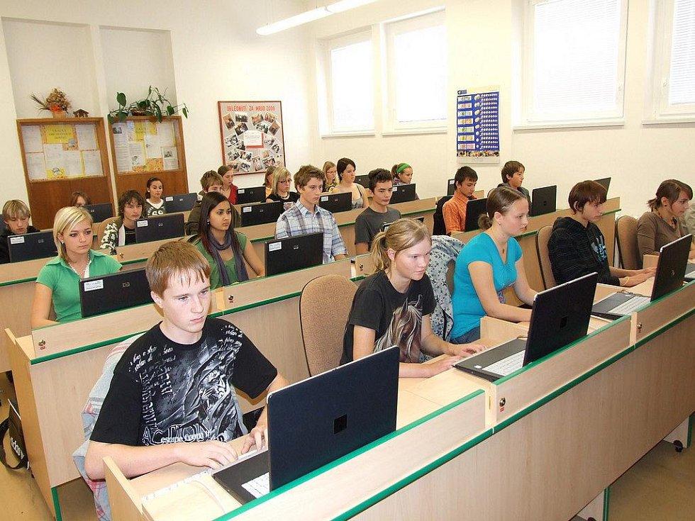 Soutěž v psaní všemi deseti Talentovka 2010 na obchodní akademii a hotelové škole v Havlíčkově Brodě.