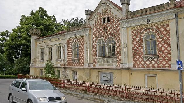 Zámek v Libici nad Doubravou.