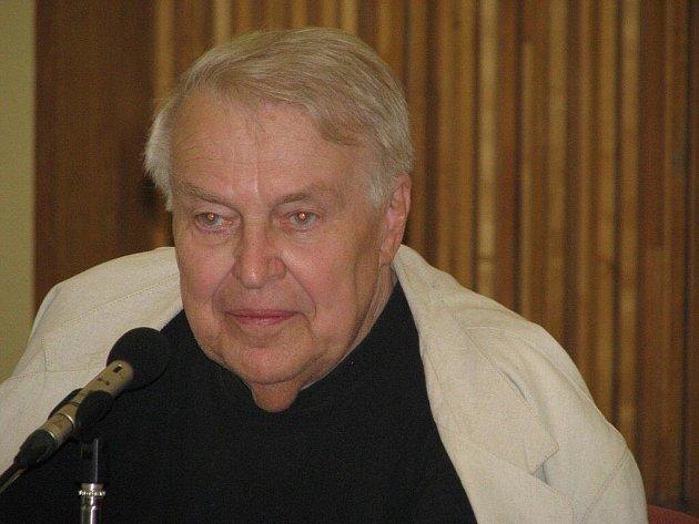 Pavel Kohout, signatář Charty 77.