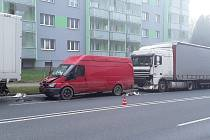 Ranní dopravní nehoda v ulici Pražská v Havlíčkově Brodě.