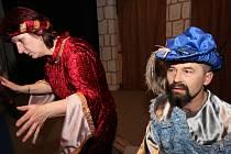Velkému zájmu veřejnosti se v Přibyslavi těší divadelní představení. Ilustrační foto.