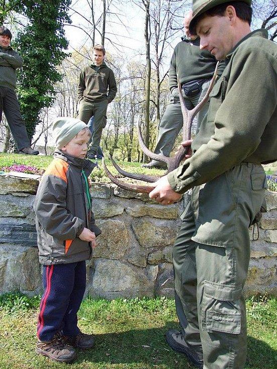 Zlatá srnčí trofej ve Vilémově.