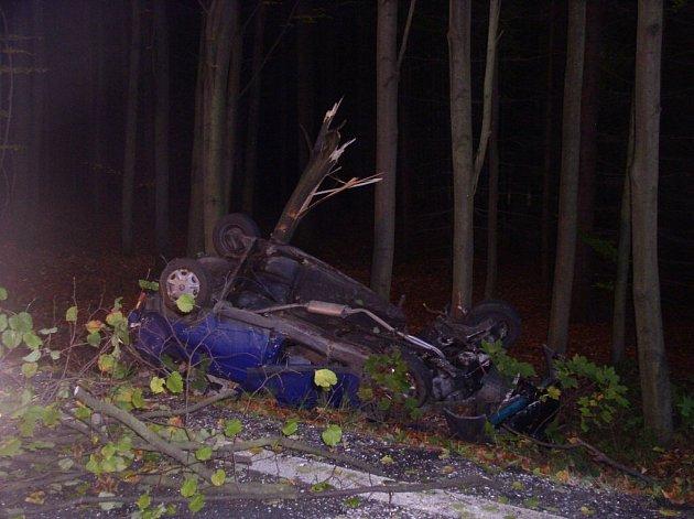 Nehoda u obce Skála.