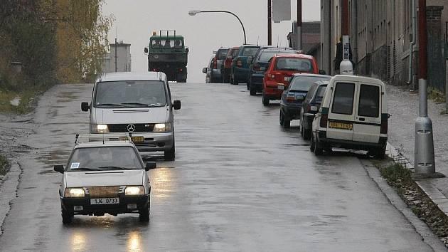 Na rekonstrukci neprodělají. Oprava Bělohradské ulice zůstává dle dohodnutých podmínek. Radnice vyšší cenu platit nebude.