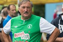 Utkání fotbalové staré gardy Lučice a Bohemians Praha.