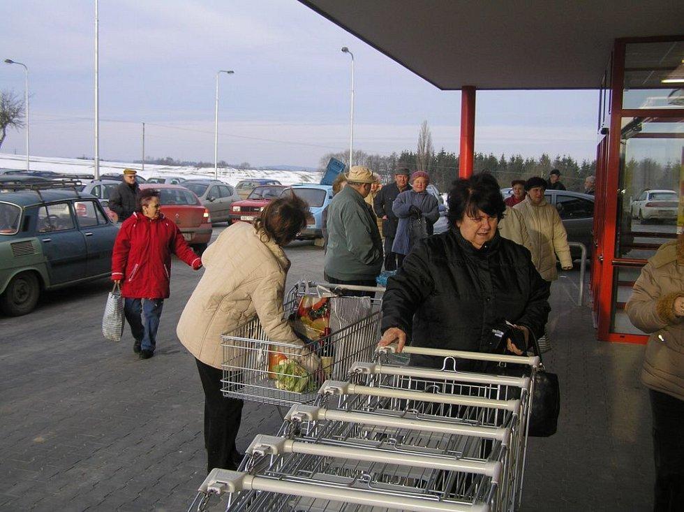 V Ledči nad Sázavou začal fungovat nový Penny market, který je vůbec prvním diskontem ve městě.
