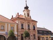Radnice v Golčově Jeníkově.