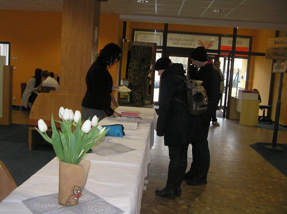 Dveře budoucím studentům otevřela Obchodní akademie v úterý 28. ledna.