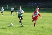 Hráči Věžnice dostali na domácím hřišti hned pět gólů.