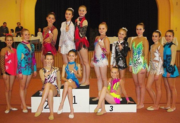 Moderní gymnastky ze školního sportovního klubu při základní škole Štáflova Havlíčkův Brod.