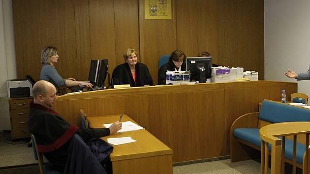 Síně Okresního soudu v Havlíčkově Brodě byly němými svědky celé řady brutálních činů. Jedním z nich je i případ Davida Ždímala a jím týrané babičky. Ilustrační foto: