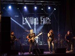 Hudební festival Stock Dobrohostov vstoupí tento víkend do své dvaadvacáté sezóny. Po třech letech se na festival vrací kapela Liquid Face ze Žďáru nad Sázavou.