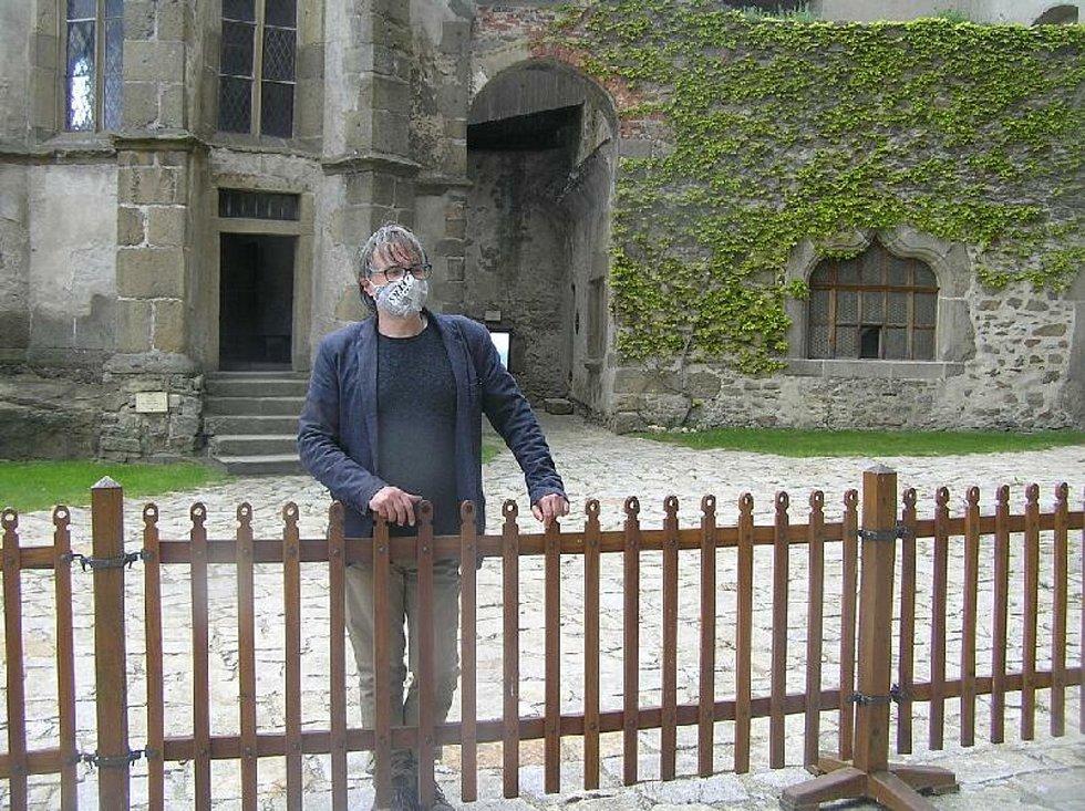Kastelán hradu Lipnice Marek Hanzlík nevěří že by hradní pán svoje ženu zazdil.
