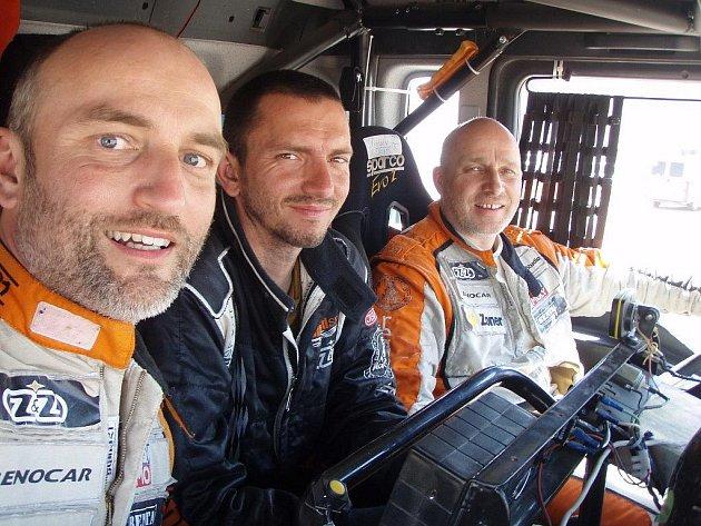 Posádku týmu Offroadsport tvořili (zprava) Miroslav Zapletal, Petr Zábranský a Tomáš Ouředníček.