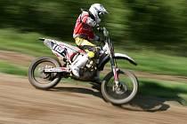 Motorky. Zábava, při které stoupá adrenalin, někdy nejen jezdcům.