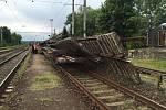 Při železniční nehodě v Golčově Jeníkově přišel o život jeden člověk.