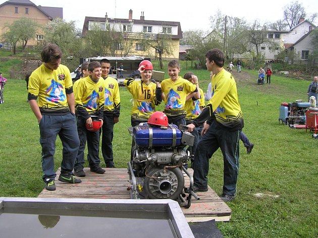 SOUTĚZ: V sobotní soutěži Plamen zvítězilo družstvo mladých hasičů z Dobré