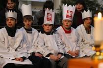 Koledníci Tříkrálové sbírky dostali v kostele Nanebevzetí Panny Marie v Havlíčkově Brodě již tradiční požehnání, které je bude provázet při vybírání příspěvků pro Oblastní charitu v Havlíčkově Brodě.