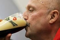 Oldřich Záruba je držitelem celé řady prestižních ocenění. V roce 2010 byl vyhlášen Sládkem roku. Již šestým rokem dává typickou vyváženou a příjemně hořkou chuť všem pivům produkce chotěbořského pivovaru.