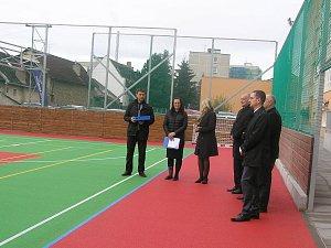 Brodské gymnázium má moderní sportoviště
