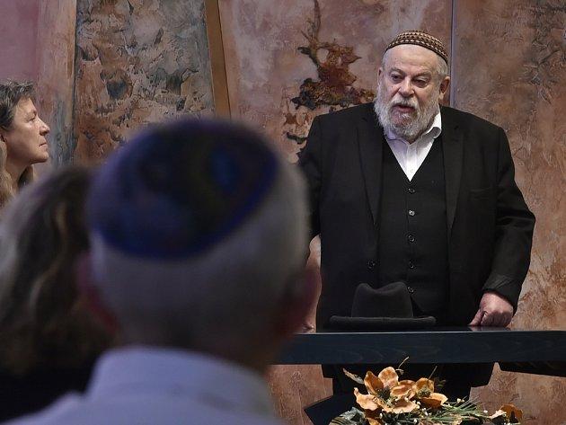Pamětní desku odhalil vrchní zemský rabín Karol Efraim Sidon.