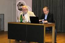 Havlíčkův Brod nedávno navštívil Václav Klaus mladší. V debatě si servítky nebral, takzvanou inkluzi označil ji za zločin.