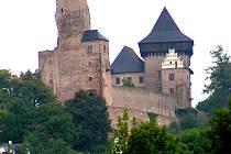 Obec Lipnice s výraznou dominantou hradu.