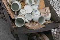 Keramika nemohla chybět.