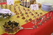 Brodská Obchodní akademie a Hotelová škola ve čtvrtek hostila Den španělské kuchyně.