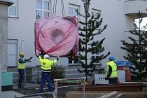 Instalace nové magnetické rezonance v Nemocnici Havlíčkův Brod