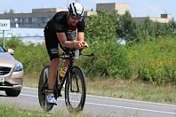 Havlíčkobrodský amatérský triatlonista Jaromír Lapeš si náročné závody užívá naplno. Kolikátý skončí, příliš neřeší. Pro něj je nejdůležitější vlastní pocit.