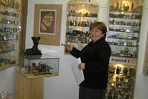 Výstava zapalovačů M. J. Šneka je k vidění v Kurfürstrově domě.